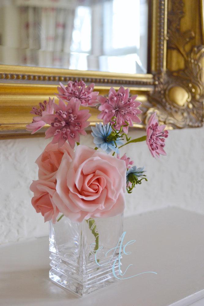 sugar roses astrantia nigella