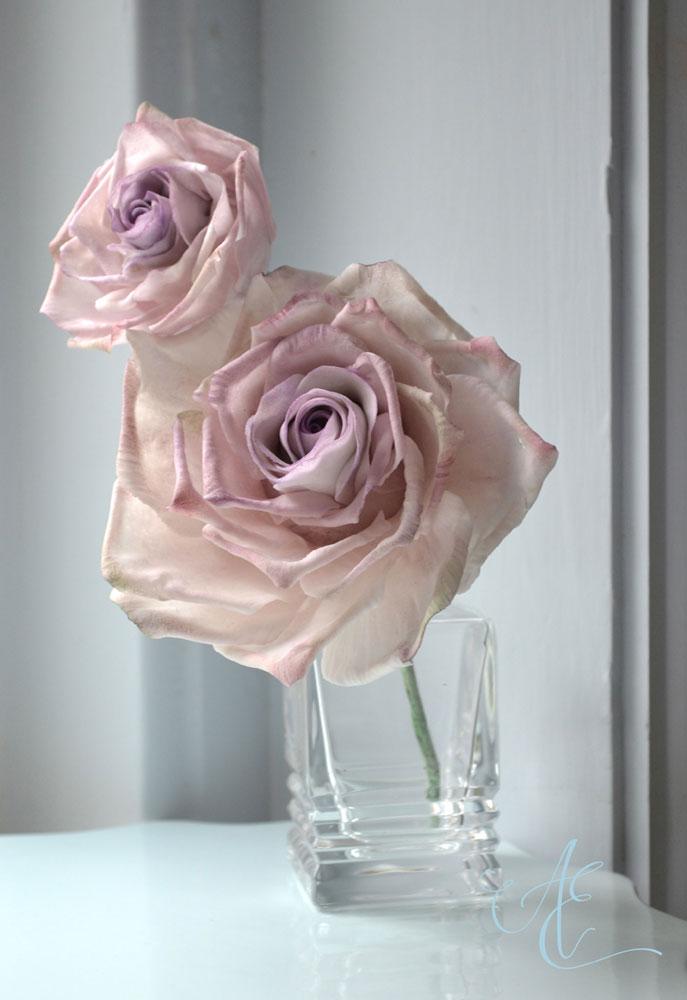 sugar roses in Ocean Song rose colours
