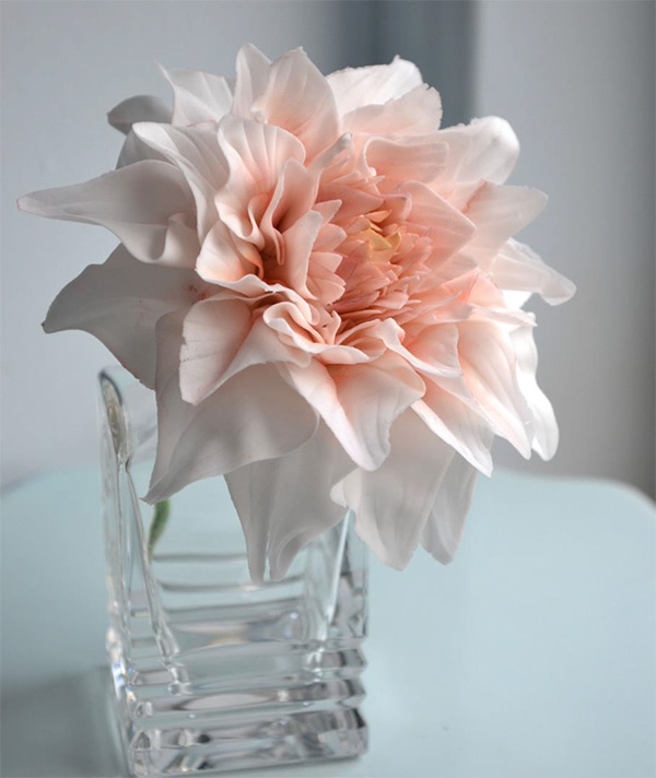 Dahlia sugarwork flower