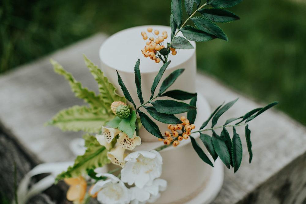 woodland wedding cake design