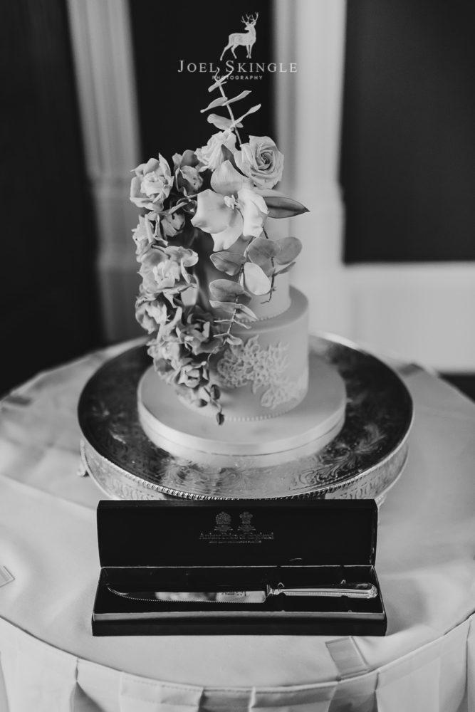 Trailing floral wedding cake