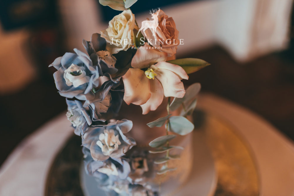 blush pink and blue wedding cake aerial view