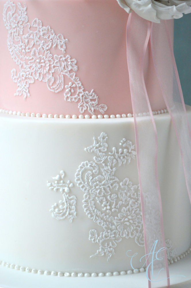 lace brush embroidery