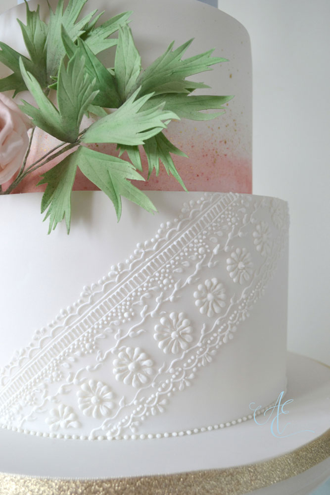 venetian lace inspired hand piping