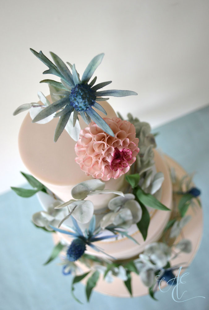 foliage garland and floral wedding cake