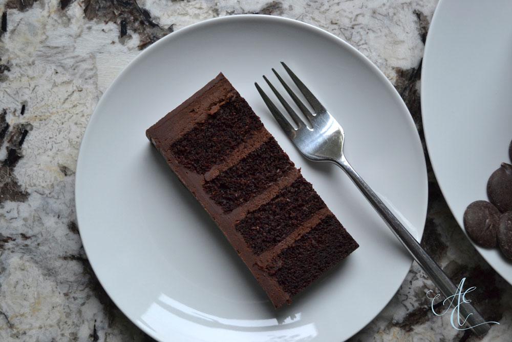 vegan dark chocolate fudge cake slice close up
