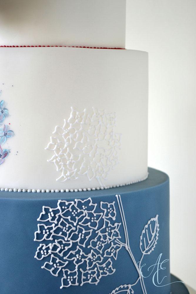 new wedding cake design hand piping