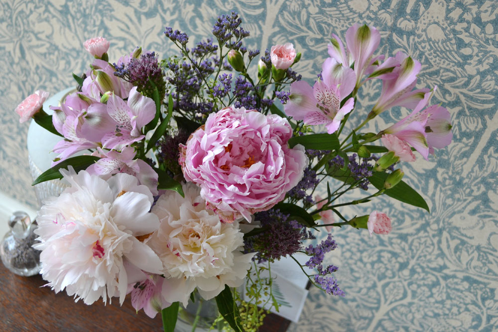 Bloom & Wild flowers by post